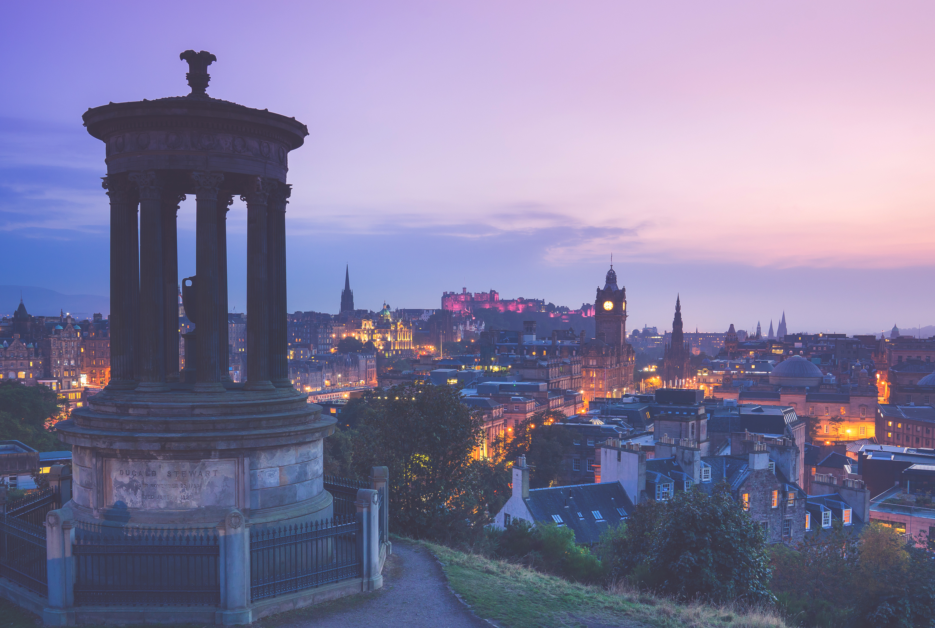 Find cool things to do in Edinburgh